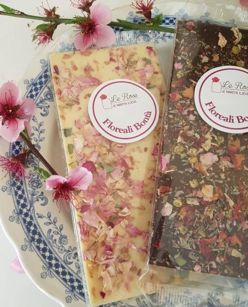 Tavoletta Cioccolato bianco e petali di Rosa 100g.